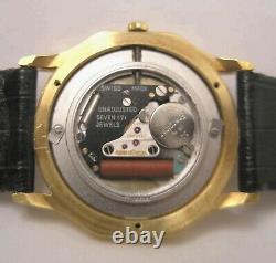 Fine Rare Jaeger-Lecoultre Fancy 18 K Yellow Gold Case Swiss Made Quartz Watch