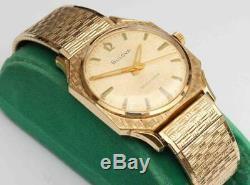 Rare Vintage Swiss Bulova Automatic 17 Jewels Men's Wristwatch & Original Band