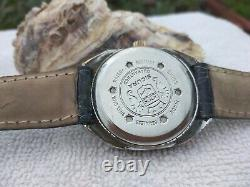 SICURA BREITLING WATCH RARE JUMP HOUR BY VINTAGE DIGITAL GUICHET SWISS 70s