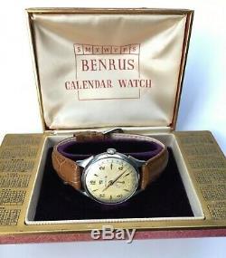 Vintage Benrus Watch Calendar Swiss 17 Jewels Model CE 1 Cased & Timed USA RARE