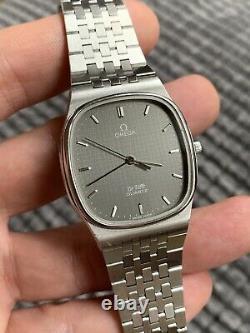 Vintage Omega De Ville Quartz Mens Watch Rare Dial Swiss 32,4mm Swiss
