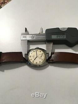 Vintage Rare Universal Geneve FS Railway Cal. 64 Hand Wind Swiss Made Watch