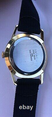 Vintage Roamer Watch Classic dial 34mm Swiss 17 Jewels rare Beautiful Dial RARE