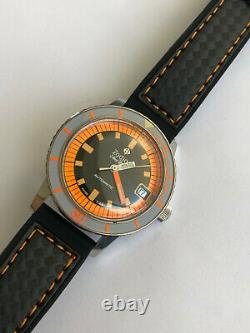 WOW Rare Vintage ZODIAC Sea Wolf Diver ORANGE EXOTIC 200m Automatic Swiss Watch